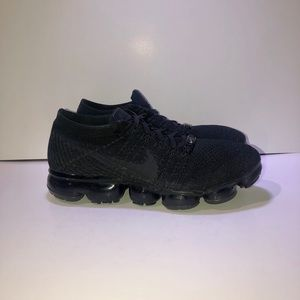Nike Air VaporMax Flyknit Triple Black Exclusive
